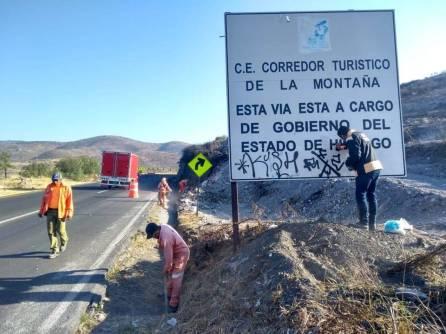 SOPOT continúa con labores de mantenimiento en carretera Pachuca Real del Monte2