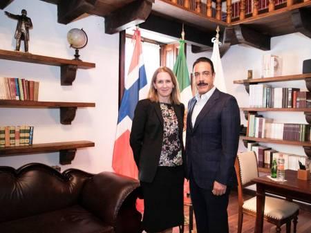 Sostiene Omar Fayad reunión con Embajadora de Noruega1