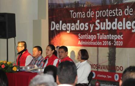 Toman protesta delegados y subdelegados en Santiago Tulantepec3