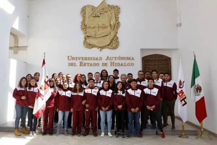 Abandera rector delegación rumbo a Universiada Regional 2019-2