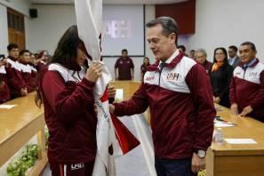 Abandera rector delegación rumbo a Universiada Regional 2019