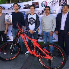 Ciclistas probarán destreza en competencia de downhill en el Zumate1