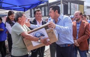 """""""Acciones por tu colonia"""" beneficia al Fraccionamiento Cipreses 3"""