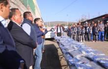 Entrega Raúl Camacho Baños, uniformes a trabajadores de Mineral de la Reforma 4