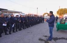 Entrega Raúl Camacho Baños, uniformes a trabajadores de Mineral de la Reforma 5