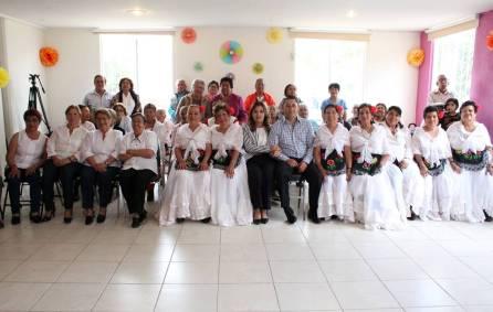Festeja DIF municipal Tercer Aniversario del Club del Adulto Mayor de El Chacón 4