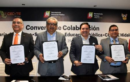 Firman convenio de colaboración la SEPH, SECTURH y CECyTEH1