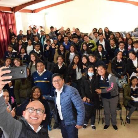 IHJ realiza gira de trabajo en centros educativos del municipio de Jacala