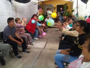 Imparten plática de Terapia Ocupacional en Santiago Tulantepec1