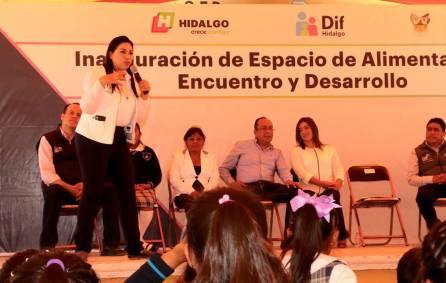 Inaugura DIF Hidalgo EAEyD en Xuchitlán 1