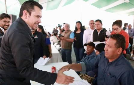 Israel Félix sigue recorriendo regiones de Hidalgo 2