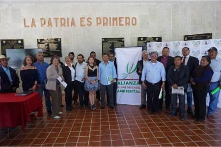 Presentan agenda legislativa diputado Víctor Osmind Guerrero Trejo e integrantes de la Alianza Hidalguense Ambiental2