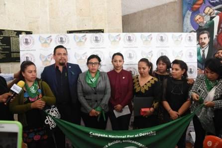 Presentan iniciativa que reforma Código Penal local en materia de interrupción del embarazo4