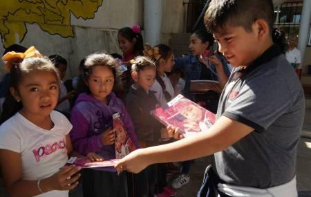 Realiza SEPH entrega de gaceta Cazador@s de Saberes en primaria indígena 2