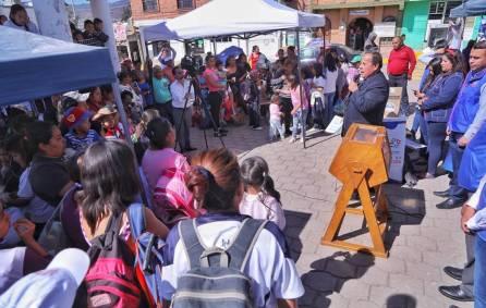 """Realizan """"Acciones por tu colonia"""" en Azoyatla 3"""