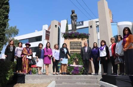 Realizan Guardia de Honor del Día Internacional de la Mujer4