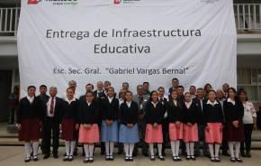 Secretario de SEPH visita escuelas de Educación Básica en Santiago Tulantepec 1