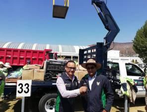 SOPOT entrega uniformes a residencias de conservación de carreteras 1