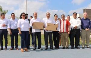 Visita secretario Atilano Rodríguez escuelas de la Huasteca2