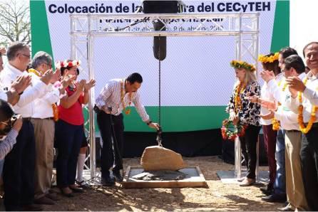 5 de cada 10 alumnos de Media Superior están becados, en Hidalgo2