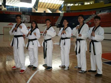 A Olimpiada Nacional, seis de la Asociación Universitaria de Taekwondo