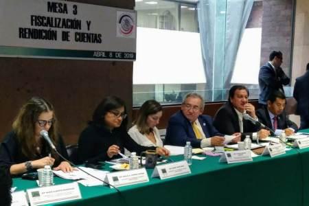 Asisten diputados a II Foro entre Legisladores en Materia Hacendaria