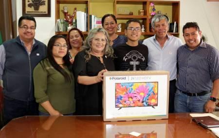 Autoridades de Tizayuca reconocen al DIFusor 2019 que obtuvo el segundo lugar en el concurso estatal3