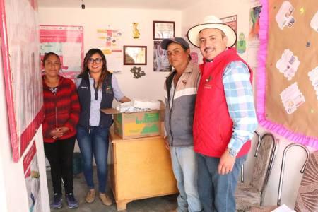 Ayuntamiento de Almoloya dona medicinas en comunidades2