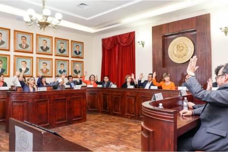 Cabildo de Pachuca aprueba descuentos para licencias comerciales y pago predial durante mayo