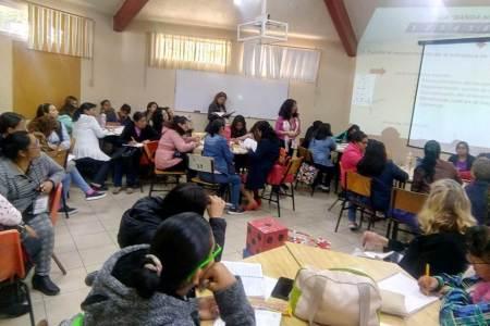 Comparten docentes de Hidalgo experiencias en Congreso de Enseñanza de Matemáticas