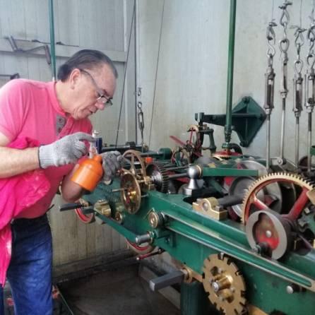 Concluyen trabajos de mantenimiento del Reloj Monumental de Pachuca