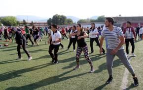 Conmemoran Día Mundial de la Activación Física con mega clase2