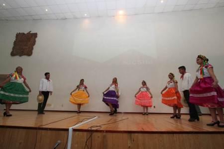 Continúan actividades culturales en UAEH