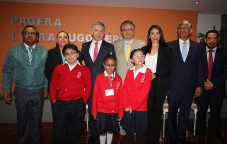 Firman convenio SEPH y Fundación Ver Bien para Aprender Mejor1