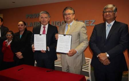 Firman convenio SEPH y Fundación Ver Bien para Aprender Mejor2