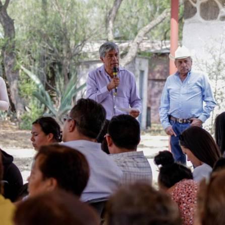 Gabriel García Rojas Inaugura Electrificación en Tepojaco1