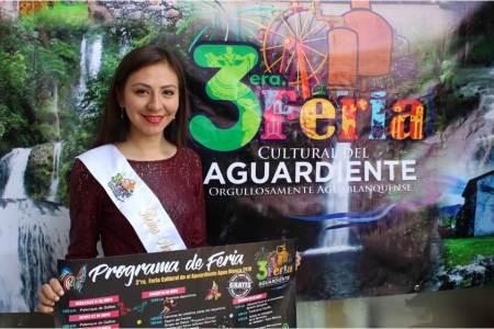 Inicia 3ª Feria Cultural del Aguardiente en Agua Blanca