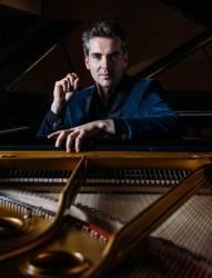 Pianista Goran Filipec, con Orquesta Sinfónica de UAEH1