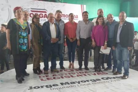 Presenta diputado Jorge Mayorga reporte de labores legislativas, en Ciudad Sahagún