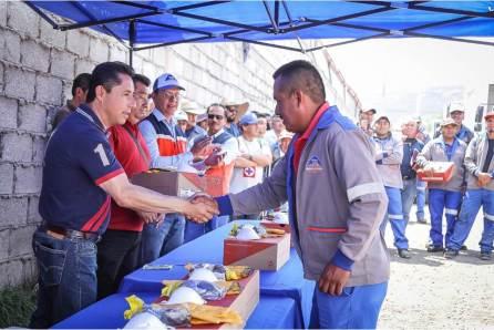 Realiza Raúl Camacho entrega de botas a trabajadores de servicios municipales en Mineral de la Reforma4