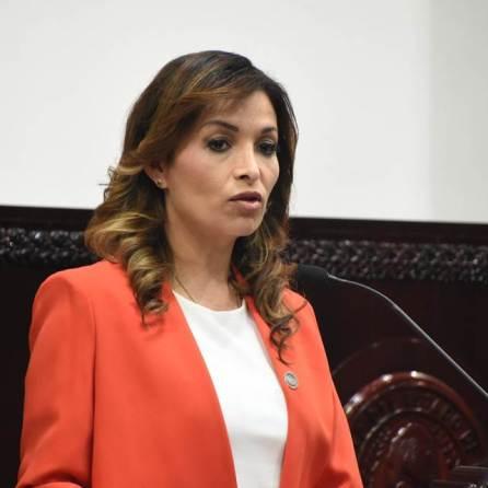 Recibe congreso iniciativa de reforma a Código Penal local para garantizar libertad de expresión