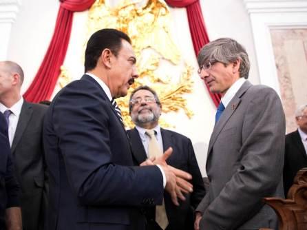 Sincrotrón arrojará luz sobre los problemas de México, Investigadora de la UNAM4