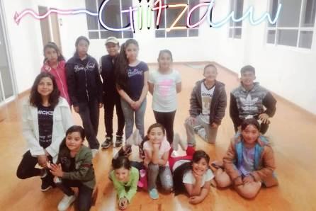 Academia de baile de Tolcayuca se presentó en la capital hidalguense4