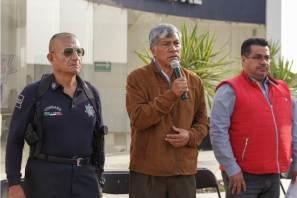 Alcalde de Tizayuca entrega estímulos a policías municipales2