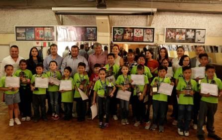 Ayuntamiento de Tizayuca reconoce a niñas y niños ganadores en concurso nacional de cálculo mental4