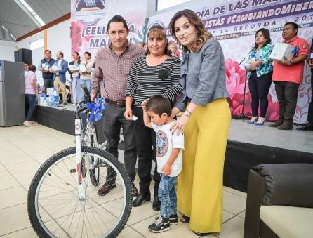 Continúan celebraciones para mamá en Mineral de la Reforma7