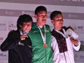 Cristopher Escamilla alcanza el bronce en los 10 mil metros planos1