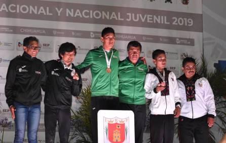 Cristopher Escamilla alcanza el bronce en los 10 mil metros planos4