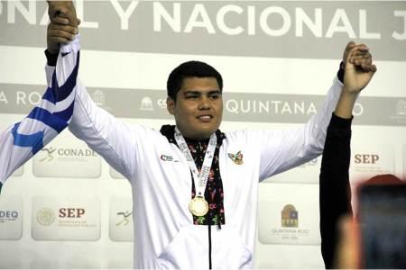 El pugilista Javier Alejandro conquista el oro en nacional juvenil