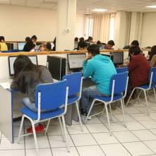 En puerta, examen de admisión a UAEH1